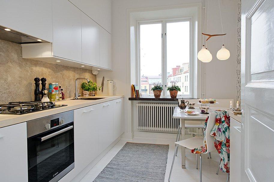 Что можно придумать по узкой кухне?