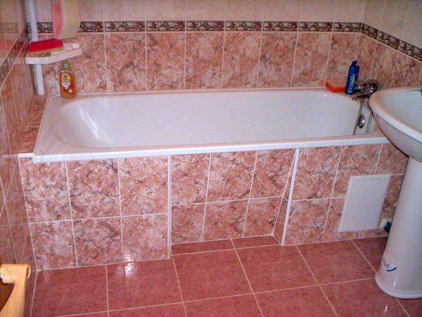 Как закрыть ванну плиткой