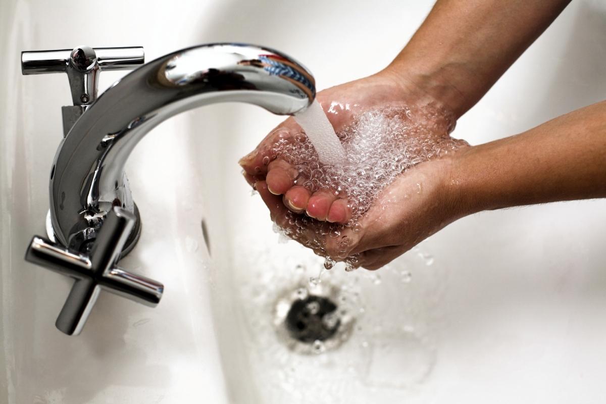 Как за горячую и холодную воду, за водоотведение платить копейки