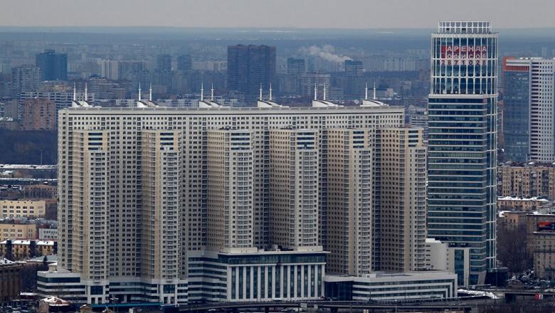Сумму продажи квартир занизить не удастся и налог придется платить полностью